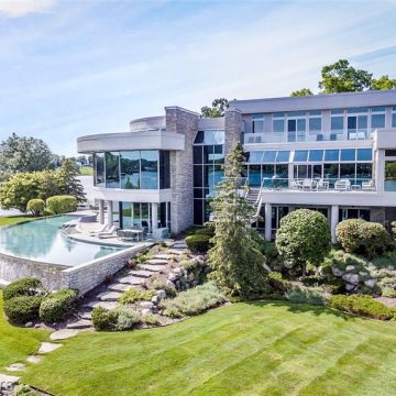 Lions Quarterback Mathew Stafford Lists Bloomfield Twp. Home For Sale